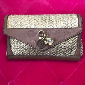 Juicy Couture Summer Clutch